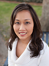 Kay Hoang is an agent at Pepine Realty in Gainesville, Florida who speaks Vietnamese
